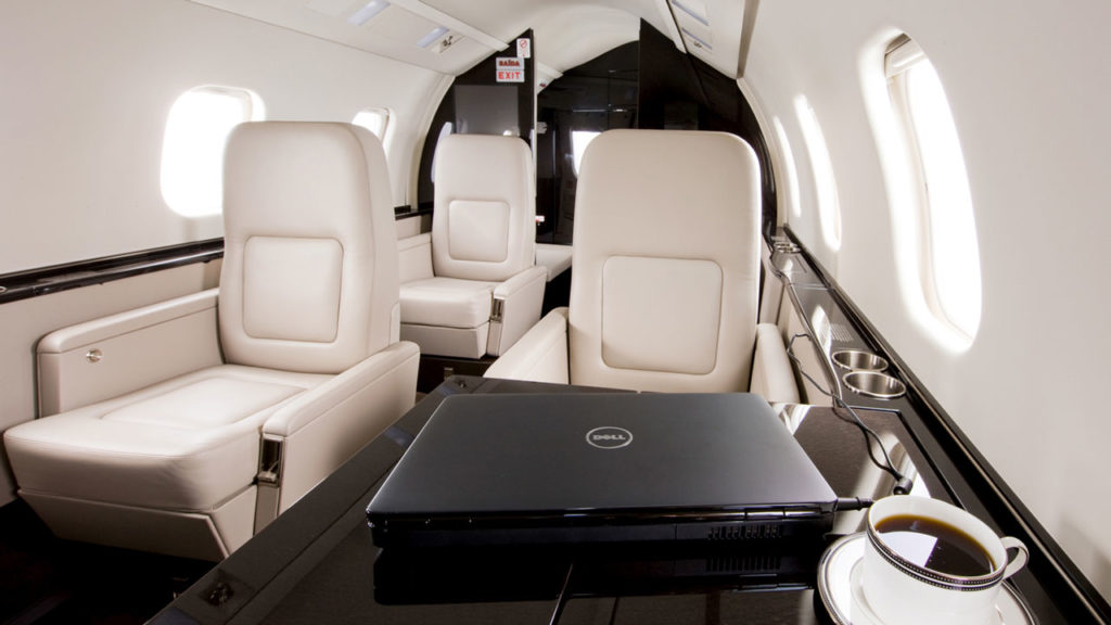 Learjet60-4