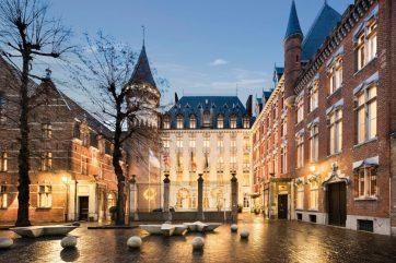 Bruges Jet Escapes